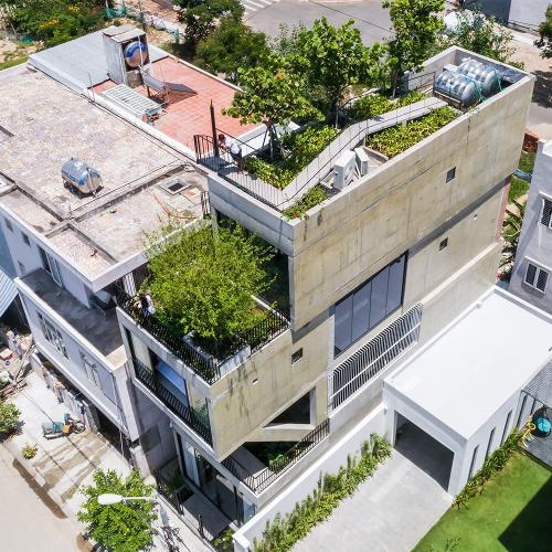 The Concrete House 01